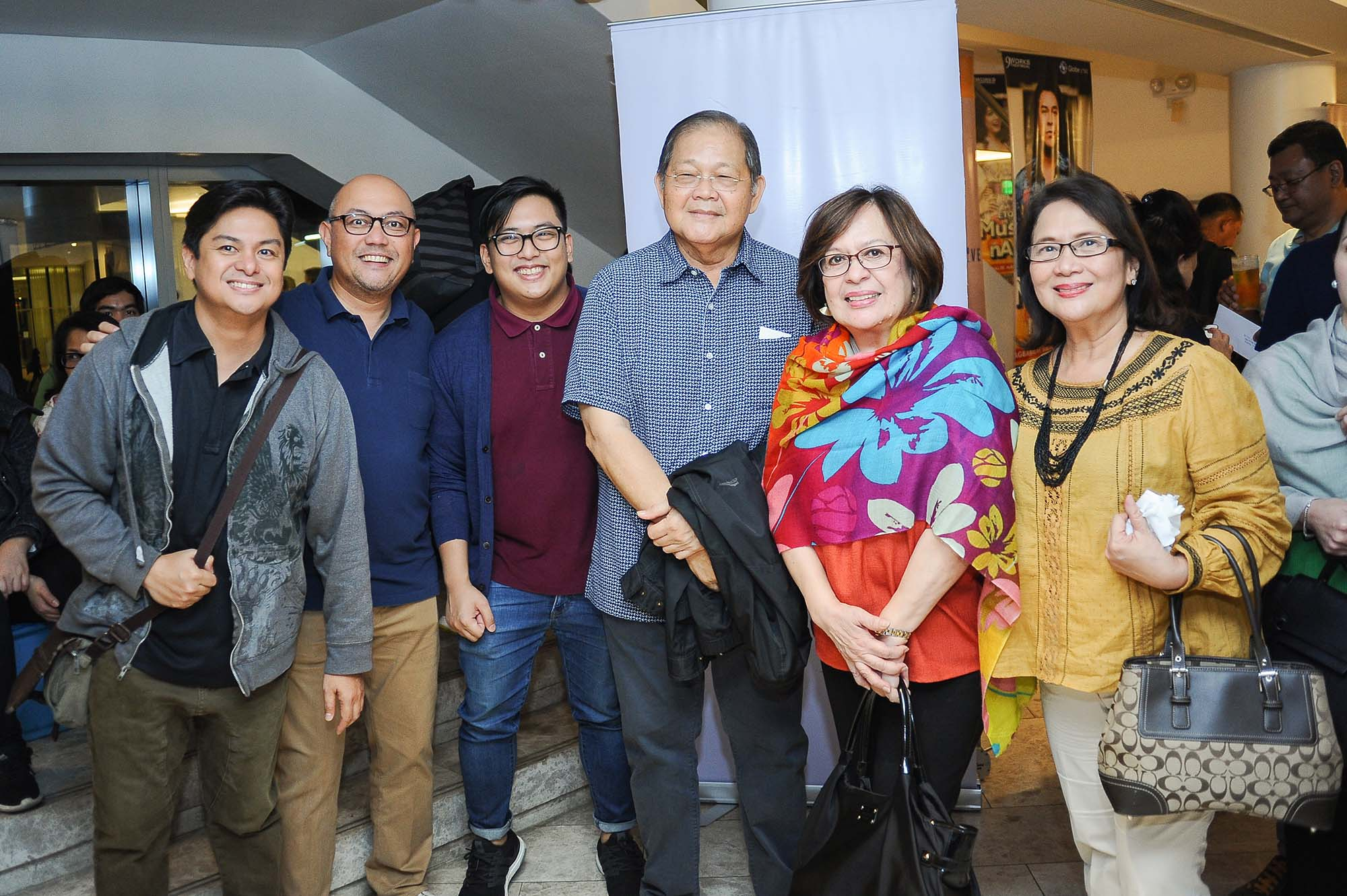 In Photo 3 From L to R: Allan Tuazon (Homecoming 2019 Chair), Edric Hernandez (MBM 1999) and guest, Prof. Jun Borromeo (MM 1977) and Wife, Ms. Coratec Jimenez (MDM 2002)