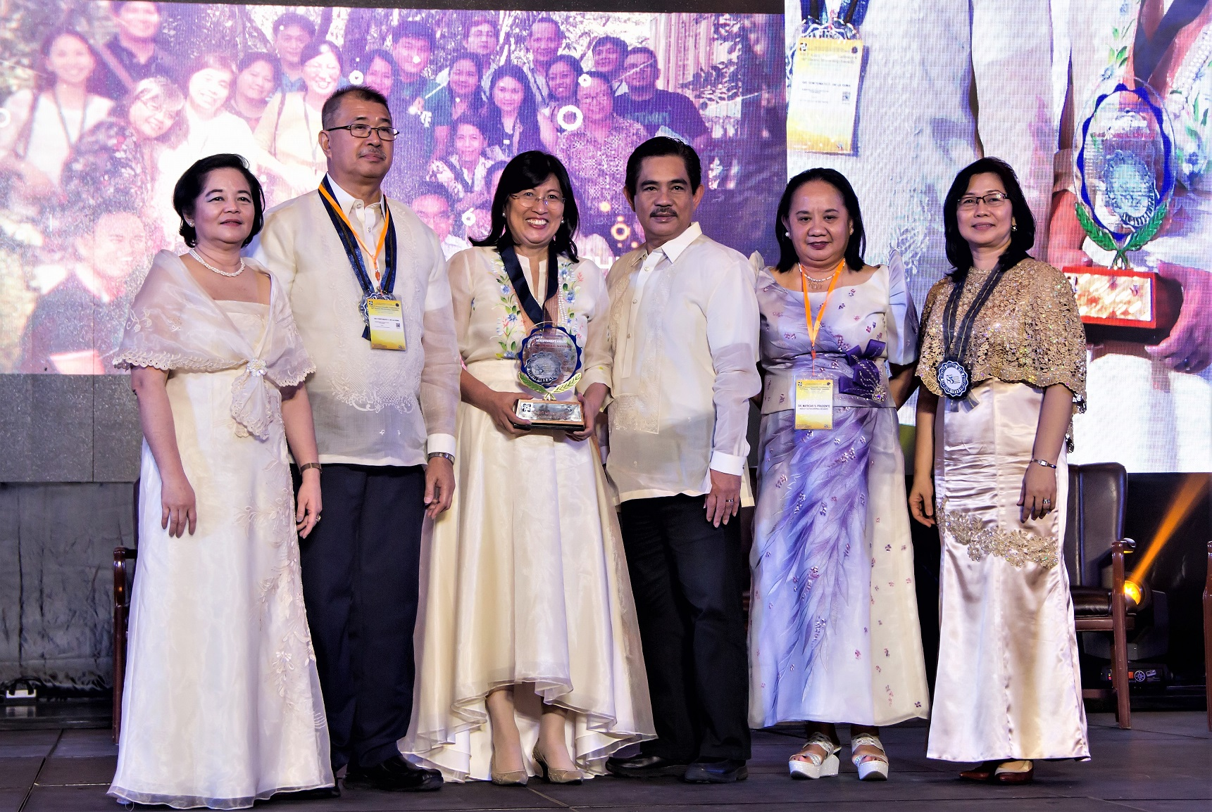 Professor Andrea Santiago and Professor Fernando Roxas (third and fourth from left) at NRCP 85th General Membership Assembly and Annual Scientific Conference.